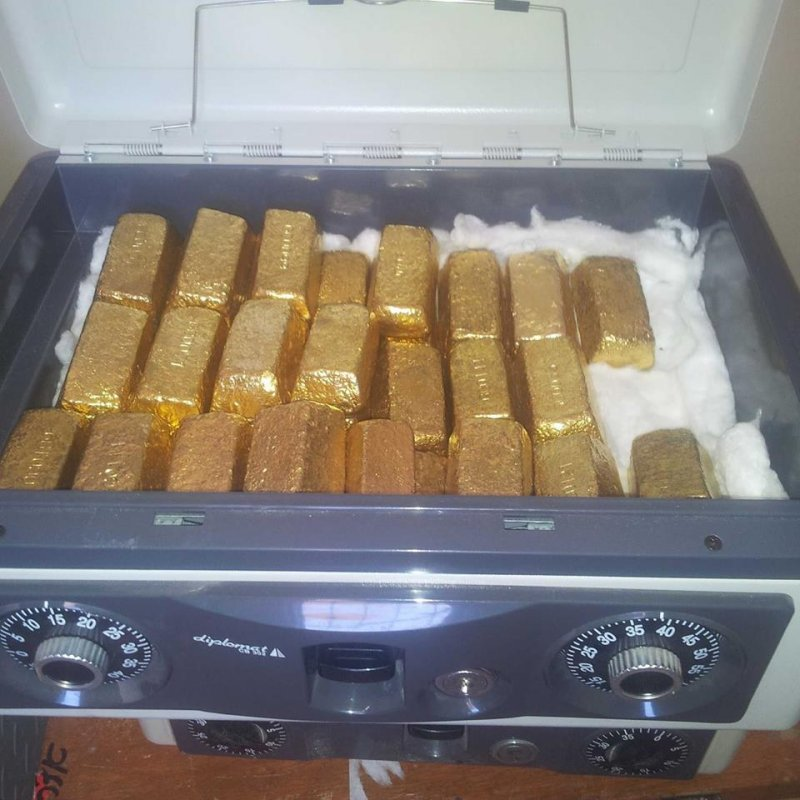 Buy  gold bars and gold nuggets