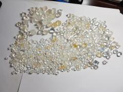 Rough Uncut Diamonds in stock 3000 ct